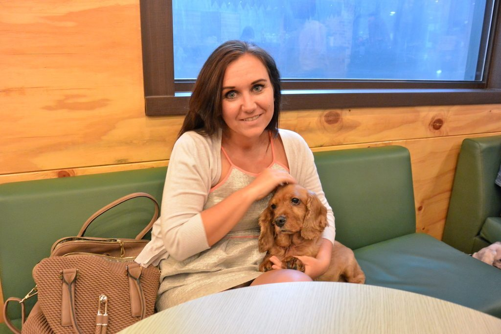 Lesbian Travelers Guide to South Korea, Puppy Cafe