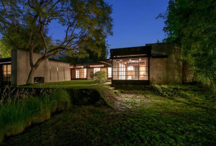 Schindler-House Rear Coutyard