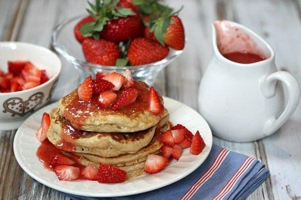 brunch-recipes-Strawberry-Ricotta-Whole-Wheat-Pancakes