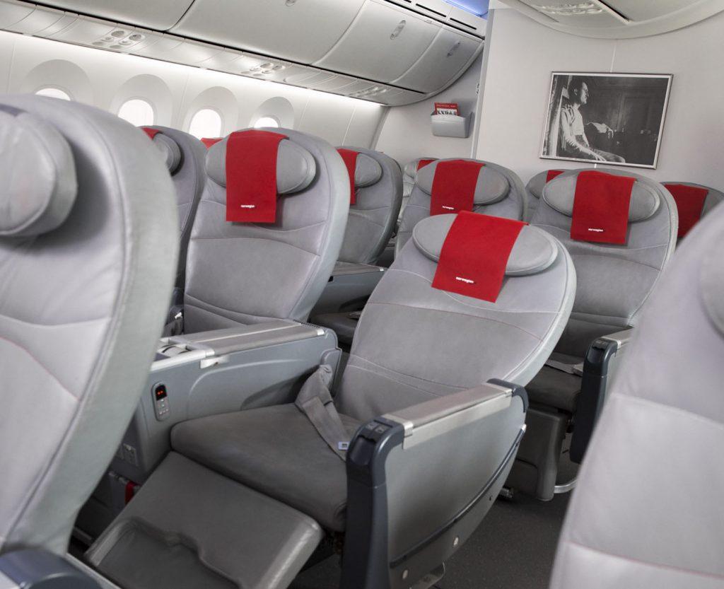 norwegian-airlines-boeing-787-dreamliner-premium-economy-review